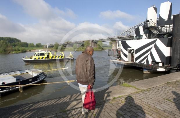 Drugsboot verlaat Arnhem